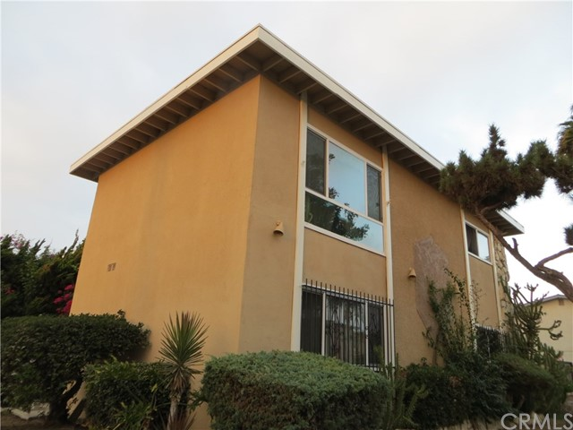 12511 Sunswept Avenue Garden Grove, CA 92843 is listed for sale as MLS Listing PW17072697