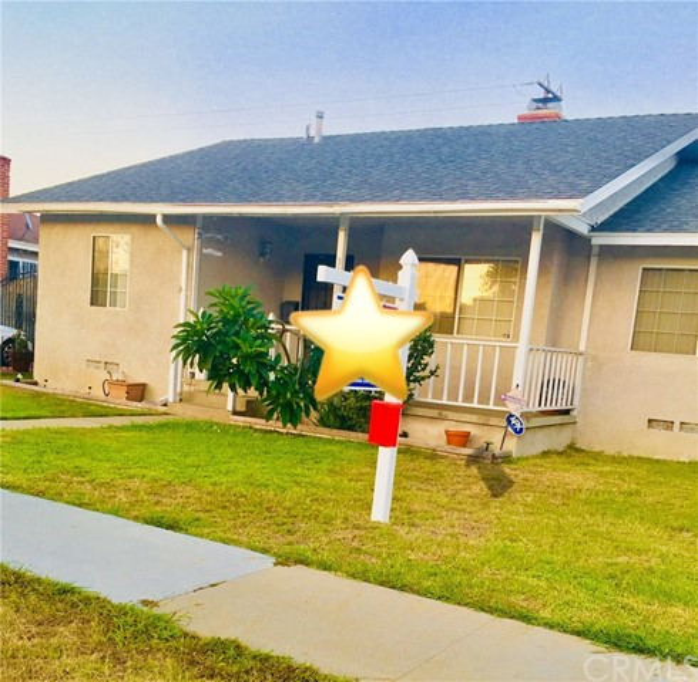 3412 Clark Avenue, Long Beach CA: http://media.crmls.org/medias/a61ebf3a-1f30-4a94-b4c4-8ca6d5e1a2b0.jpg