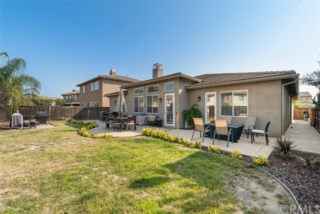 31590 Waterfall Way, Murrieta CA: http://media.crmls.org/medias/a6422d9f-07b8-4469-8dc8-bb1e3f75b10b.jpg