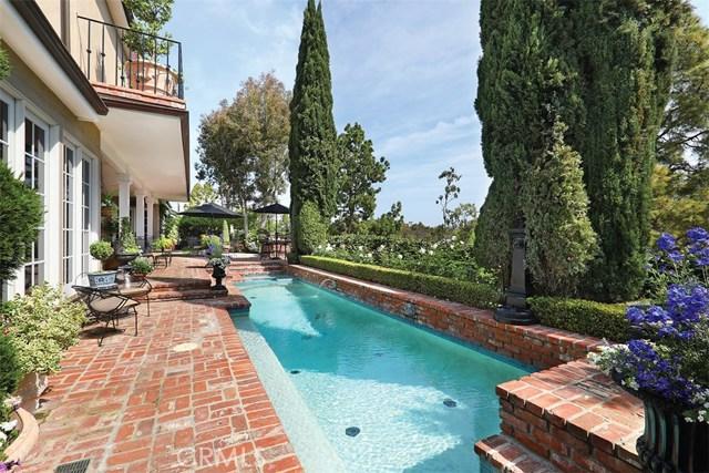 4 Cherry Hills Lane, Newport Beach CA: http://media.crmls.org/medias/a6423155-f724-4ff1-9554-a153f87c4ab3.jpg