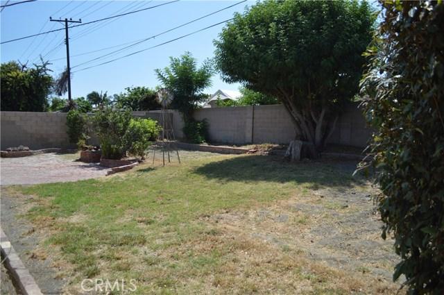 16331 Sandalwood Street, Fountain Valley CA: http://media.crmls.org/medias/a6497f71-14d5-431c-82dd-f90d30e85f52.jpg