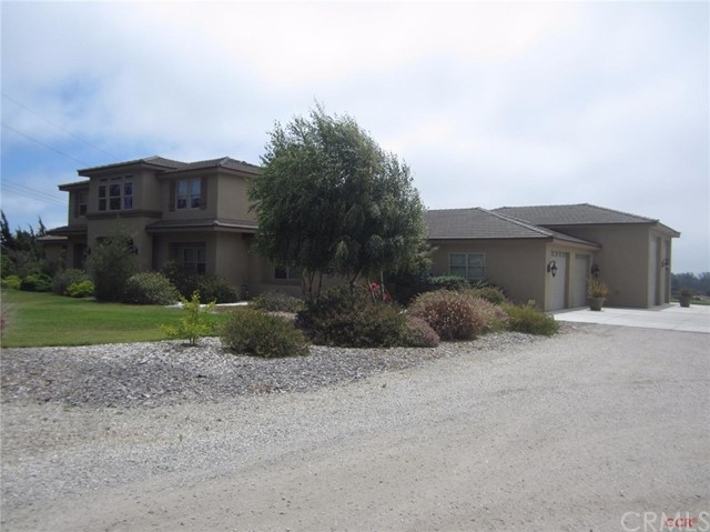 Property for sale at 2375 Woodland Hills Road, Arroyo Grande,  CA 93420