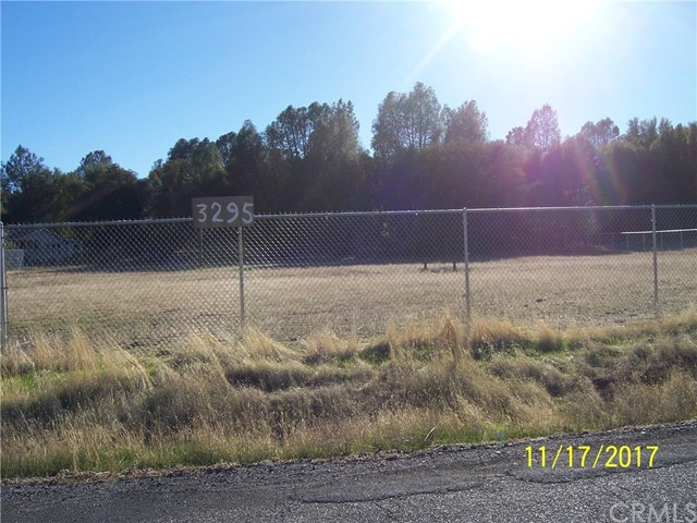 Additional photo for property listing at 3295 Spring Valley Road  Clearlake Oaks, 加利福尼亚州 95423 美国