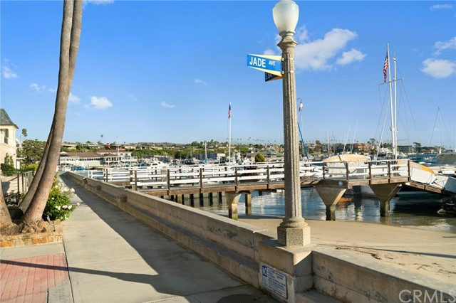 121 Jade Ave Newport Beach, CA 92662 - MLS #: NP17254221