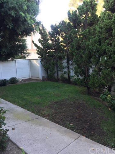 33 Agate, Irvine, CA 92614 Photo 3