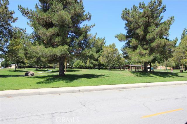 Additional photo for property listing at 3800 Ferndale Avenue  San Bernardino, California 92404 United States