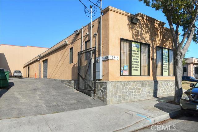 产业 为 销售 在 17818 Main Street 卡尔森, 加利福尼亚州 90745 美国