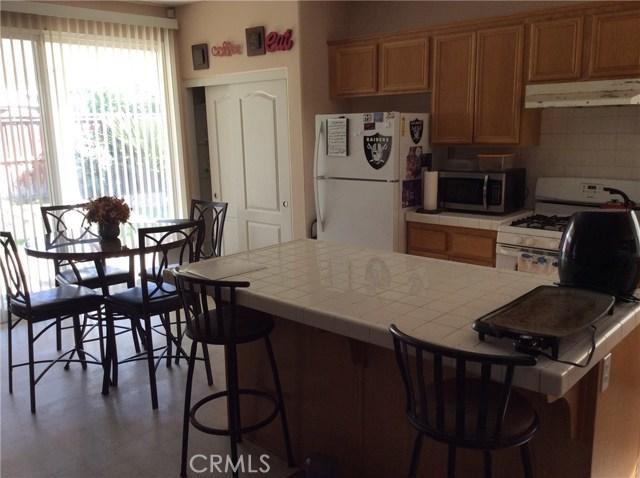 1487 Corona Street, San Jacinto CA: http://media.crmls.org/medias/a68a5329-2f2d-4596-9553-a04caf3d5e1f.jpg