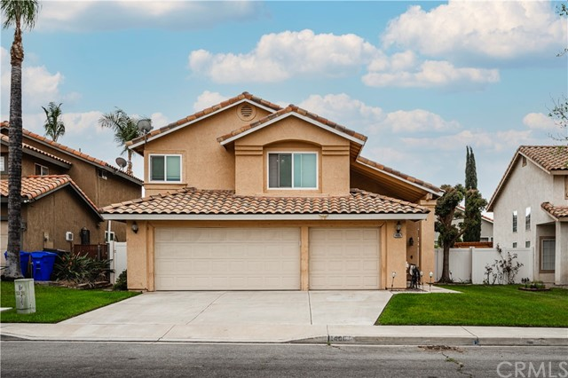 Detail Gallery Image 1 of 31 For 14067 Ticonderoga Ct, Fontana,  CA 92336 - 3 Beds   2/1 Baths