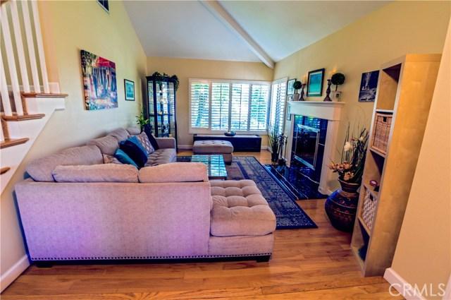 13 Winterbranch, Irvine CA: http://media.crmls.org/medias/a69a0817-bfa3-48ee-9170-fbce37282367.jpg