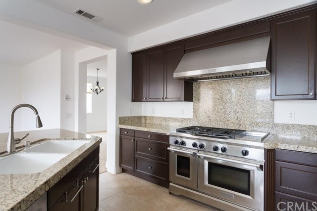 $948,000 - 4Br/4Ba -  for Sale in Azusa