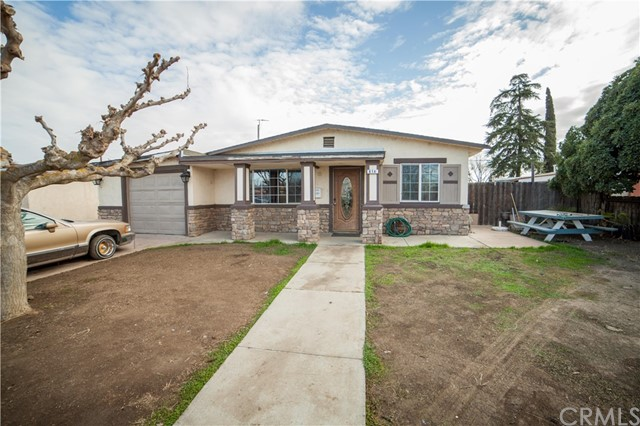 Detail Gallery Image 1 of 1 For 814 Vermont Ave, Los Banos,  CA 93635 - 3 Beds | 1 Baths