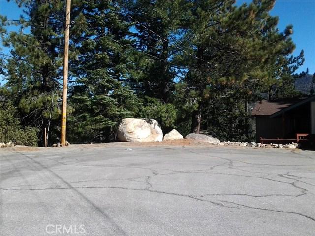 1 Thule Lane, Running Springs Area CA: http://media.crmls.org/medias/a6bf8302-9bff-4400-8f0d-25114ba2d76e.jpg