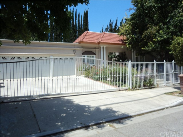 4517 Natoma Avenue, Woodland Hills CA 91364