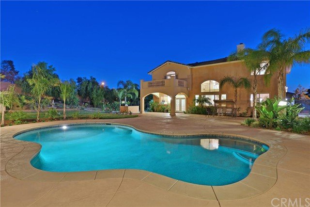 9822 Hidden Farm Road Rancho Cucamonga, CA 91737 is listed for sale as MLS Listing CV16041006