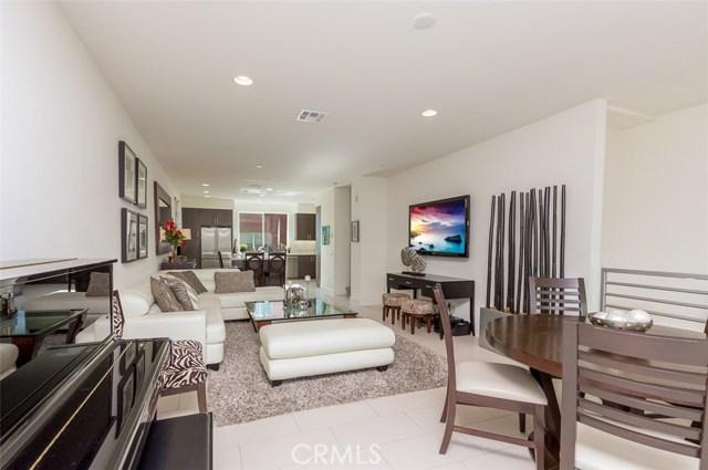 250 Rockefeller, Irvine, CA 92612 Photo 3