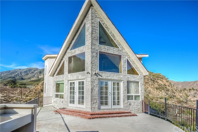 Single Family Home for Sale at 680 Big Rock Road 680 Big Rock Road Lytle Creek, California 92358 United States