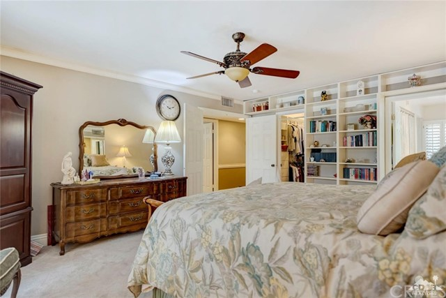 74921 Chateau Circle, Indian Wells CA: http://media.crmls.org/medias/a6f51c2b-0f86-4fc2-9e73-fdbf43521f3d.jpg