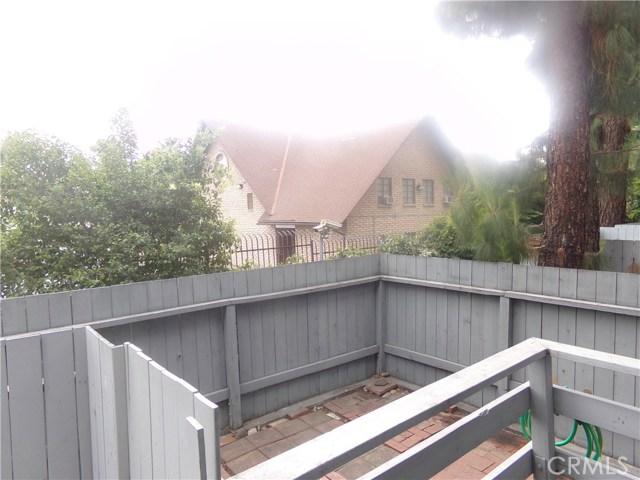 15113 Saticoy Street, Van Nuys CA: http://media.crmls.org/medias/a70b5ca0-0c8f-421d-9260-fadd43765e52.jpg