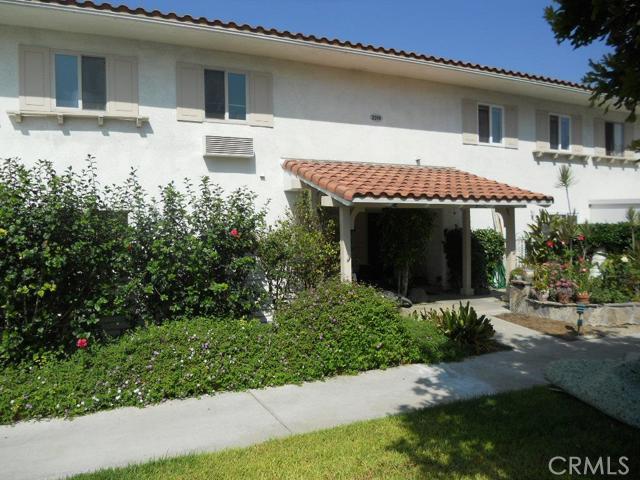 Condominium for Sale at 2314 Via Puerta Laguna Woods, California 92637 United States