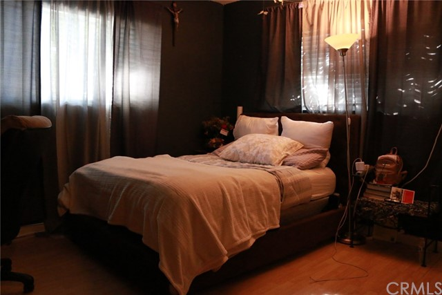 317 S 4th Avenue, La Puente CA: http://media.crmls.org/medias/a7112f97-577d-4979-8af8-93583165fac1.jpg