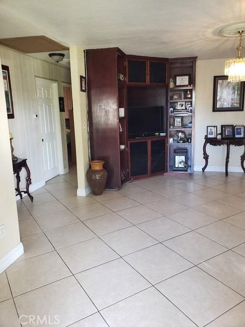 618 S Janss St, Anaheim, CA 92805 Photo 3
