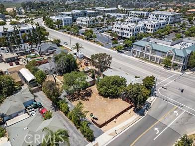2122 Orchard Drive, Newport Beach CA: http://media.crmls.org/medias/a7233699-c4b9-47de-8b45-2ab9c633edc5.jpg