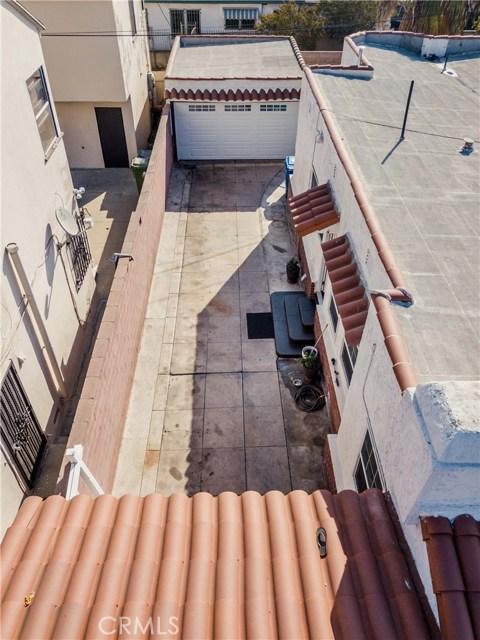 7806 Crenshaw Boulevard, Los Angeles CA: http://media.crmls.org/medias/a7259b1b-a7a8-4d40-8665-e0427c9ec036.jpg