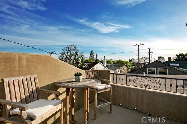 608 1/2 Begonia Avenue, Corona del Mar CA: http://media.crmls.org/medias/a727fb5d-1b74-4d22-8f65-76bde1b140ca.jpg