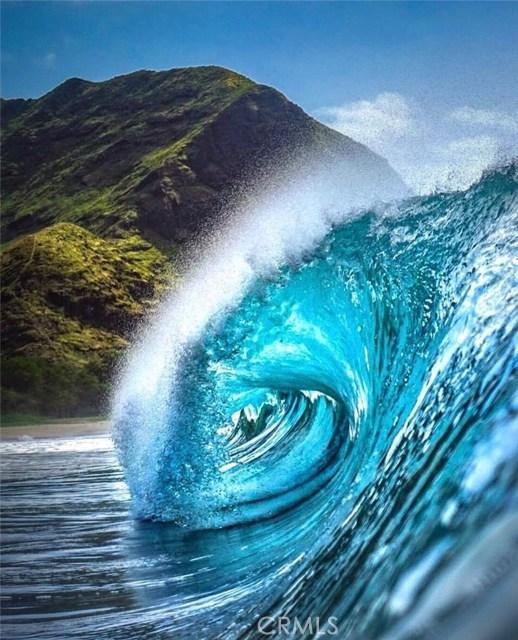 1 Teahupo'o, Outside Area (Outside U.S.) Foreign Country CA: http://media.crmls.org/medias/a72df078-ed71-49ac-817b-cd9c647e7d56.jpg