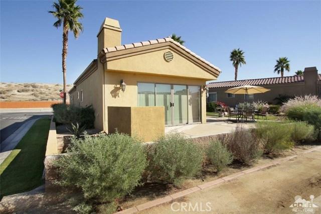 86153 Arrowood Avenue, Coachella CA: http://media.crmls.org/medias/a7301a88-5edb-4f3a-b3a8-4595cec03d48.jpg