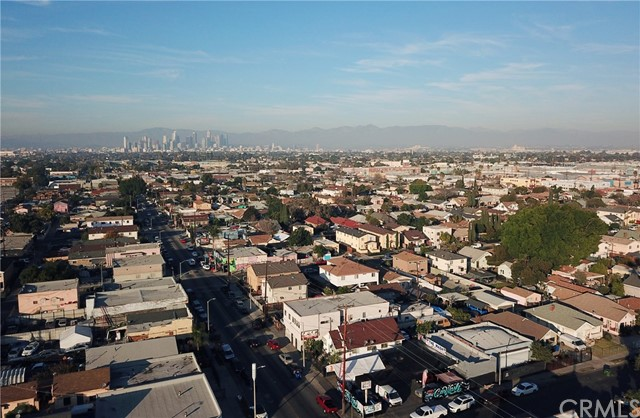 6215 S San Pedro St, Los Angeles, CA 90003 Photo 23