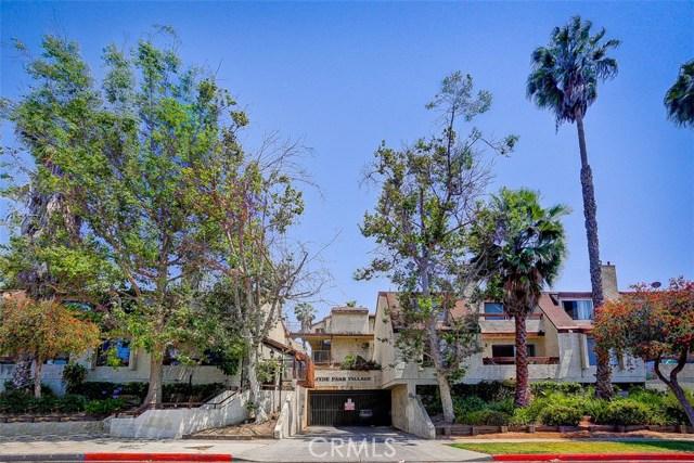 620 W Hyde Park Boulevard, Inglewood CA: http://media.crmls.org/medias/a73ea3c8-07db-4a4d-8c80-25b26ba8ae57.jpg