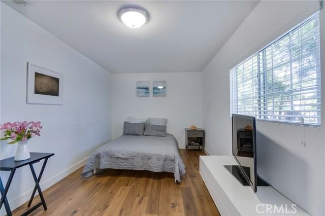 1747 2nd Street Manhattan Beach, CA 90266 - MLS #: SB18120149