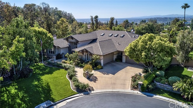 7515 E Country Side Road, Anaheim Hills, California