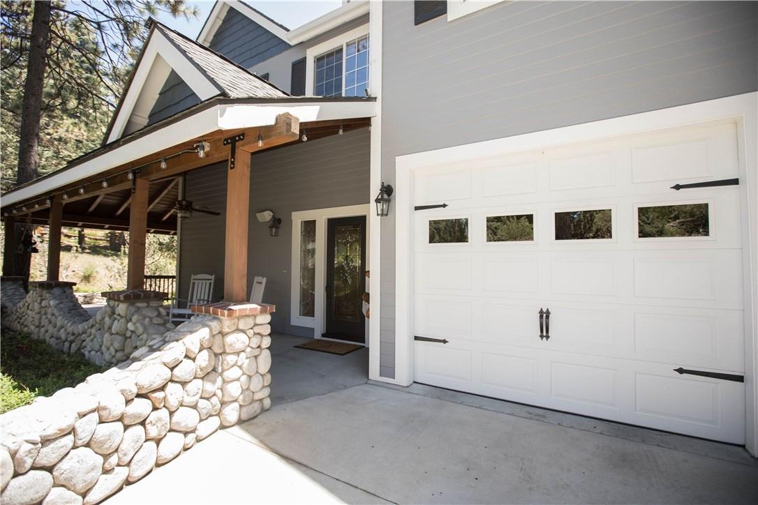 26415 Augusta Drive, Lake Arrowhead, CA 92352