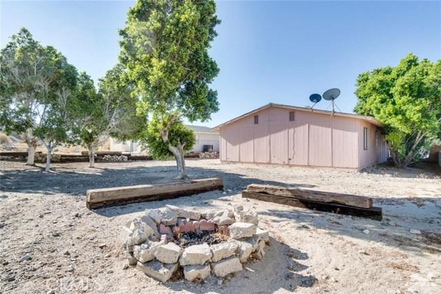 66186 Santa Rosa Road, Desert Hot Springs CA: http://media.crmls.org/medias/a76aac72-4c1e-4d9d-a412-aa493f5e18b1.jpg