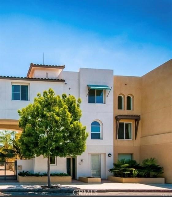 7705 El Cajon Boulevard, 14 - La Mesa, California