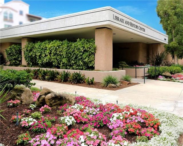 2115 Via Puerta, Laguna Woods CA: http://media.crmls.org/medias/a783e81f-10b4-4ce2-8112-f20da1a4b843.jpg