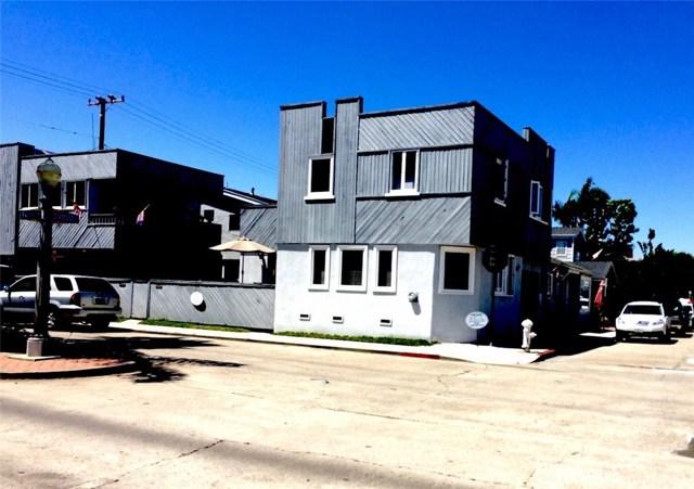 201 Diamond Avenue, Newport Beach CA: http://media.crmls.org/medias/a79f3d40-fce4-44ae-9c65-4a3cb3a3cecb.jpg