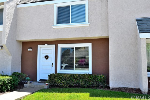 23 Heritage , CA 92604 is listed for sale as MLS Listing OC18139324
