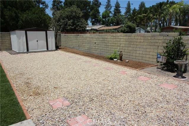 798 Bunker Hill Drive, San Bernardino CA: http://media.crmls.org/medias/a7ab0f09-cd60-4608-ba89-fd0d9ab78b97.jpg
