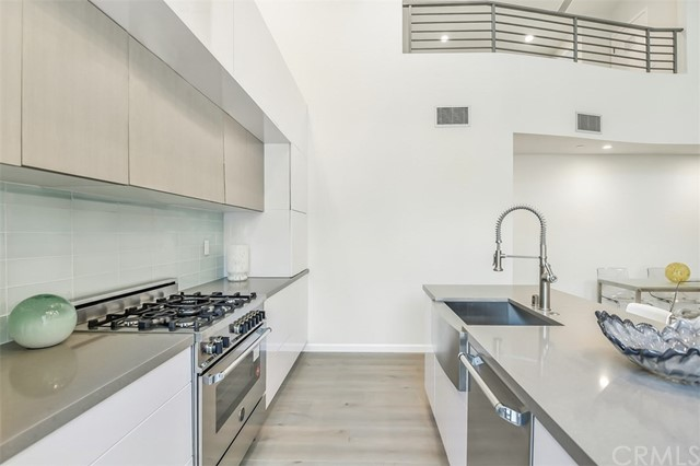 1803 16th Street Unit C Santa Monica, CA 90404 - MLS #: LG17251419