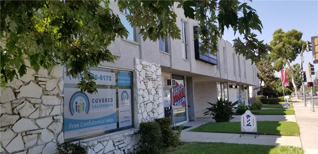 11851 Gilbert Street, Garden Grove CA: http://media.crmls.org/medias/a7ac55ed-047b-4c85-95c8-9c04b5fffc71.jpg
