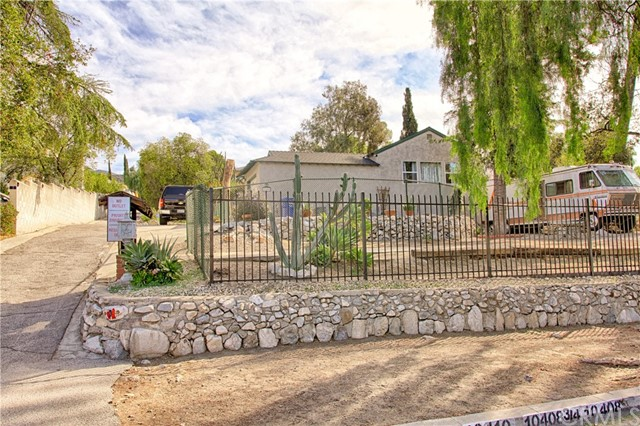 Detail Gallery Image 1 of 6 For 10408 Fairgrove Ave, Tujunga,  CA 91042 - – Beds | – Baths