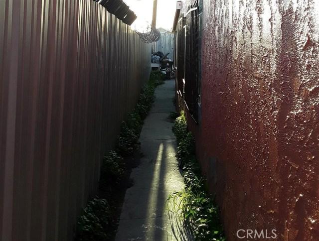11213 S Central Avenue, Los Angeles CA: http://media.crmls.org/medias/a7bbf93c-2086-49d0-ba93-e0aab45eb3e6.jpg