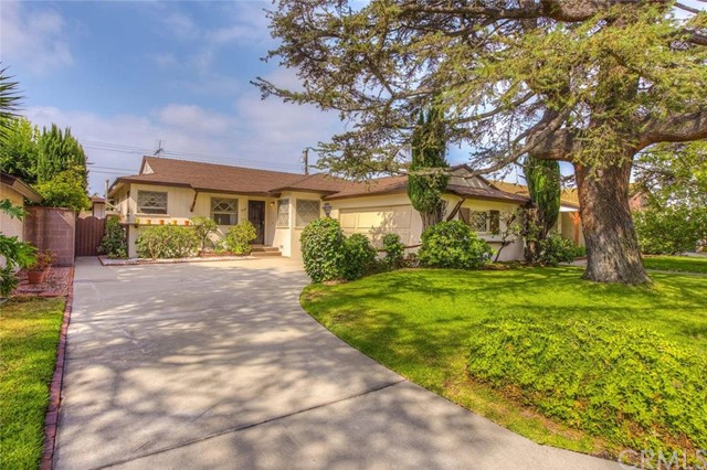 7534 GLENCLIFF Drive Downey, CA 90240 is listed for sale as MLS Listing PW16156868