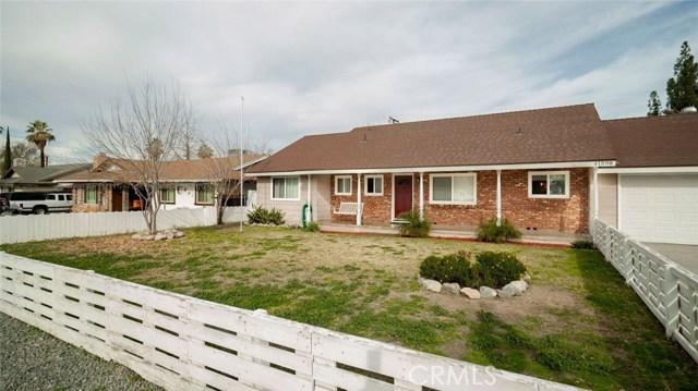41598 Mayberry Avenue, Hemet CA: http://media.crmls.org/medias/a7c8c648-b3f7-4cc5-9dd5-9e10d7a2eb7b.jpg