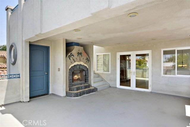 62 Saint Joseph Avenue, Long Beach CA: http://media.crmls.org/medias/a7ee4d55-c4ee-4b6b-9be9-be753e46123d.jpg