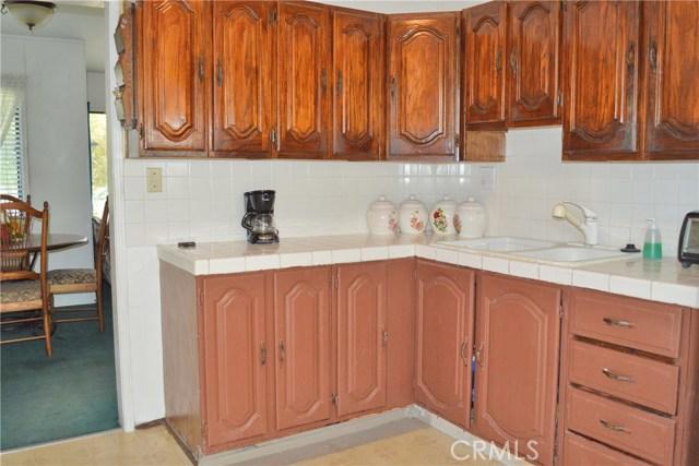 6428 Bonnie Vale Avenue, Pico Rivera CA: http://media.crmls.org/medias/a7f53bc4-3783-4290-befd-b18a165e42e6.jpg